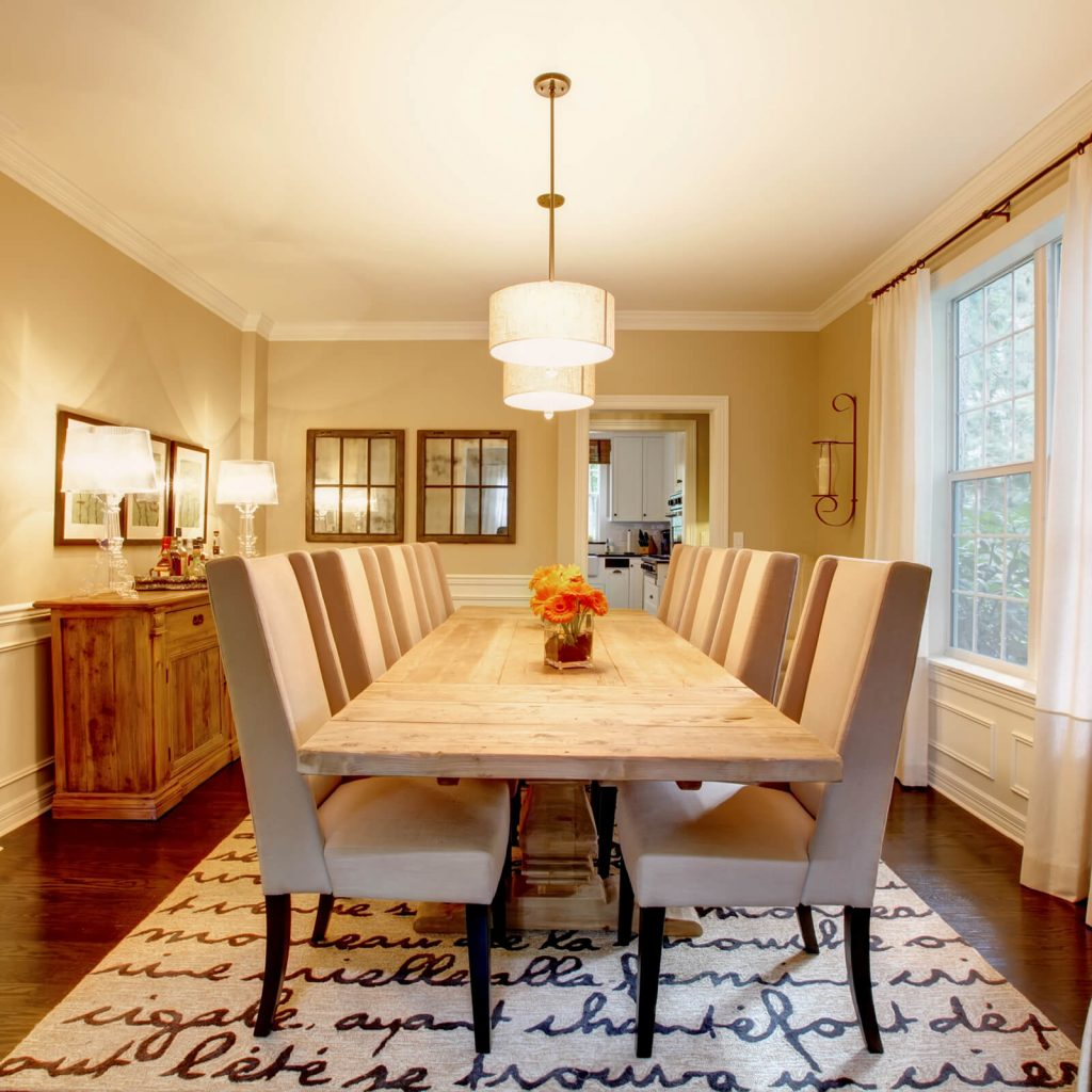 Best Rug for Your Dining Room | McCurleys National Flooring